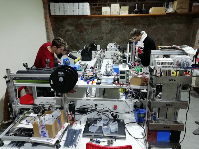 CNC 3D munka megkezdődik